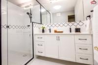 Matt Black+arabesque tile+Apartment+Bathroom Remodel