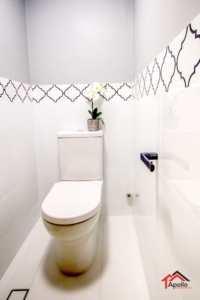 Matt Black+arabesque tile+WC Remodel
